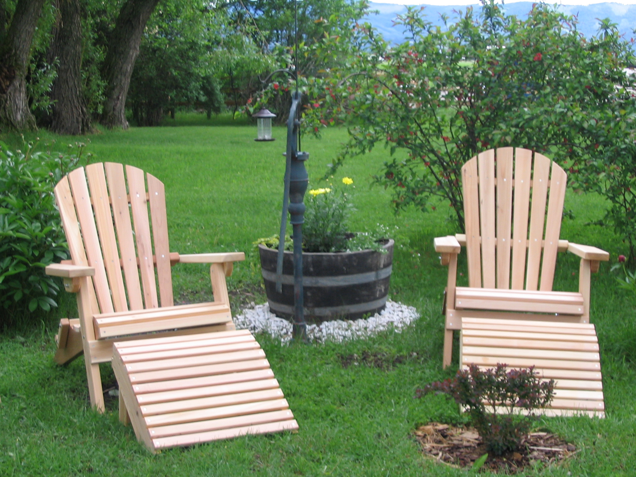 cedar outdoor furniture cedar swing outdoor glider
